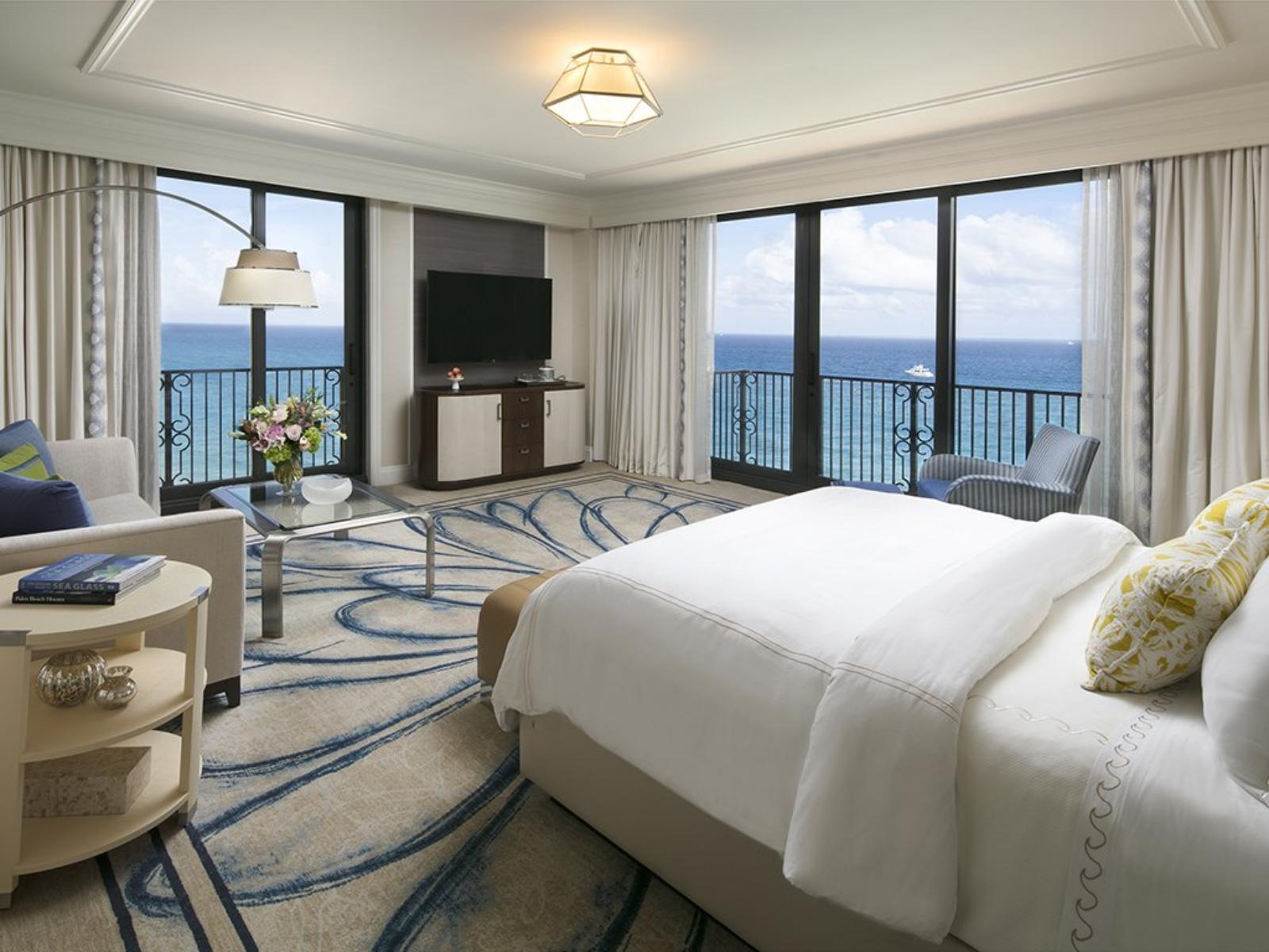 Elegant King Room with Ocean Views